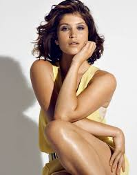 Gemma aterton_joly-beauty.com