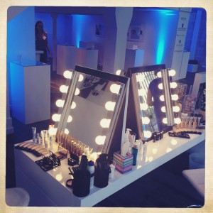 Postes maquillage_dermacenter_joly-beauty.com