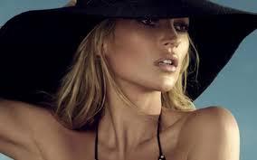 Kate moss_joly-beauty.com